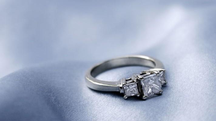 bastante agradable 847e1 e8311 Por qué elegir un anillo de platino? - Blog Navas Joyeros ...