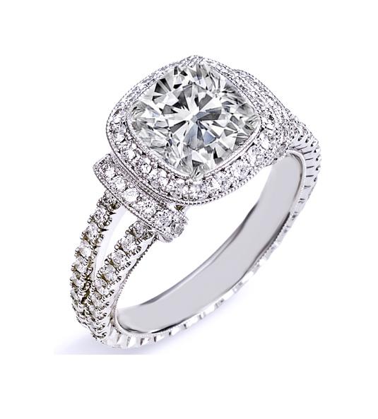 Solitario de diamantes CUSHION