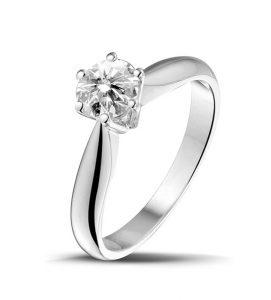 RÉPLICA 6 GARRAS, Solitario de diamantes