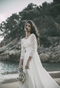 claudia-llagostera-vestidos-novias-boho-wedding-dress-bohemio-blog-bodas-original-ideas-encaje-manga-larga-4