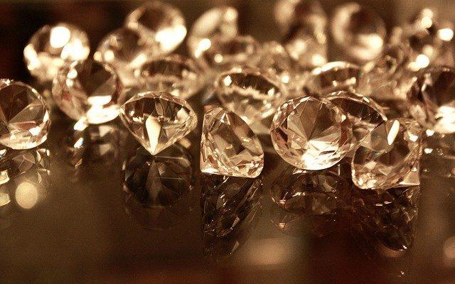Navas Joyeros y las facetas de diamantes