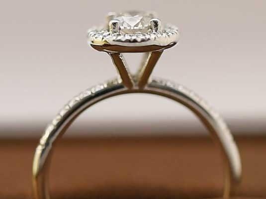 5943e6424f08 Nuestros anillos de compromiso en el Corte Inglés - Blog Navas Joyeros Blog  Navas Joyeros