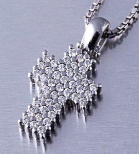 colgante-de-diamantes-modelo-judith-navas-joyeros-web