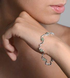 navas-joyeros_pulsera-diamantes-oro blanco