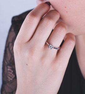 solitario-de-diamante-patricia-navas-joyeros-web-modelo