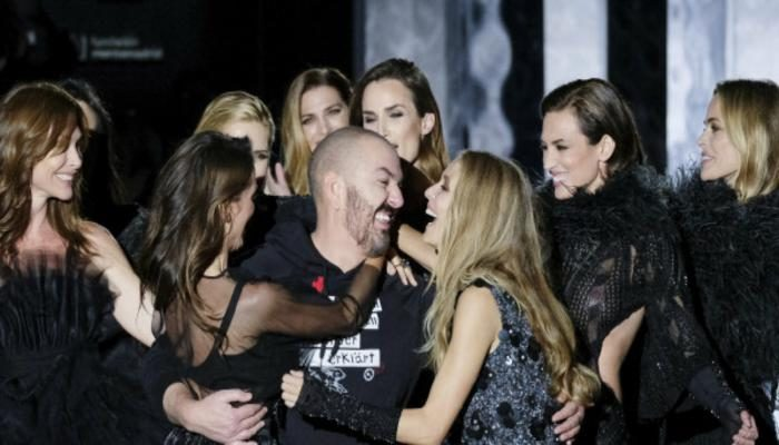 Models Judith Masco, Nieves Alvarez, Vanesa Lorenzo and Juan Duyos at the Duyos show during the Mercedes-Benz Madrid Fashion Week Autumn/Winter 2017 at Ifema on February 20, 2017 in Madrid, Spain.  (Photo by Oscar Gonzalez/NurPhoto via Getty Images)