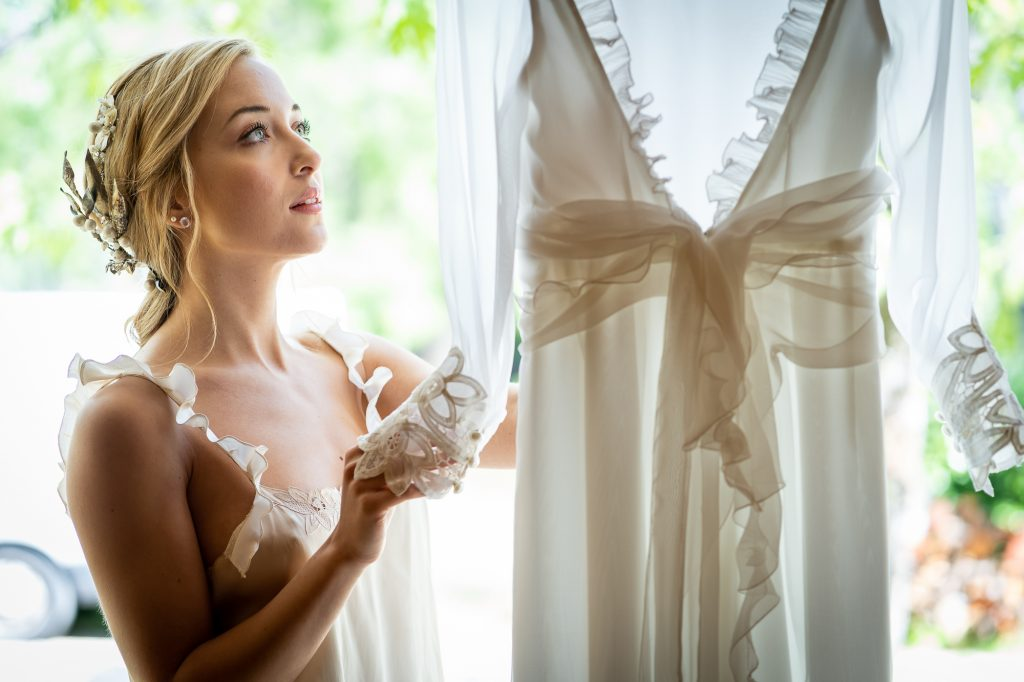 vestido y accesorios de novia